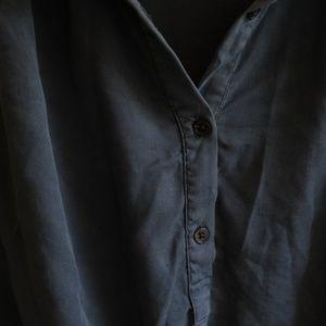 Francesca's Collections Tops - Francesca's Button-Up Pleat Top